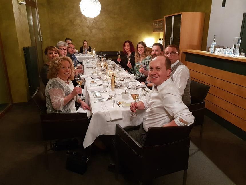 Tischgesellschaft 1 - Praxisjubiläum 15 Jahre Dr Ebert